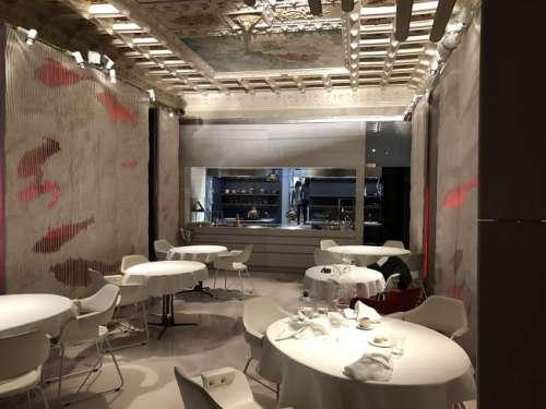 Alkostat Restaurant-sala