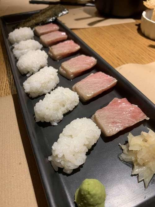 Aiueno sushi
