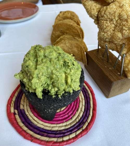 Oaxaca guacamole preparació
