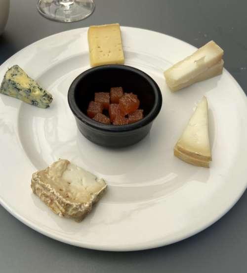 Monocrom formatges